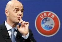 Infantino fears Allardyce sting is 'tip of the iceberg'