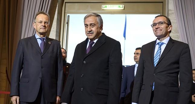 اجتماع ثالث وتاريخي بين زعيمي شطري قبرص في جنيف