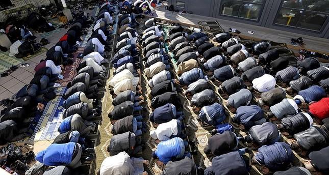 لوبان تطالب بحظر اجتماع اتحاد المنظمات الإسلامية في فرنسا