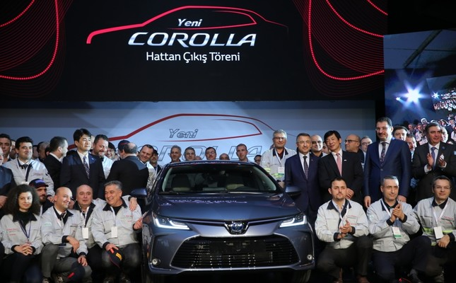 Toyota Turkey's factory in the industrial Marmara province of Sakarya held the assembly line-off ceremony for the new hybrid model with the participation of Vice President Fuat Oktay, Jan. 28, 2019.