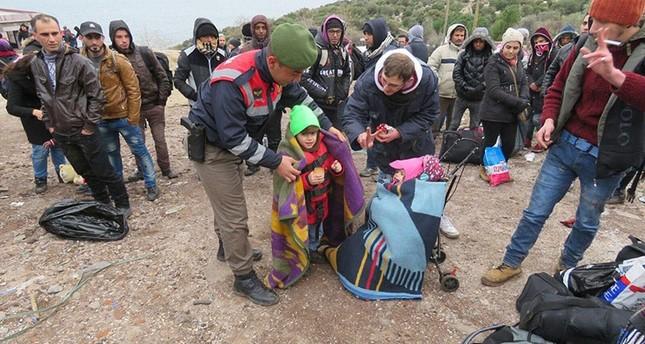 تركيا.. ضبط 186 مهاجرا ولاجئا حاولوا تجاوز الحدود بطرق غير شرعية