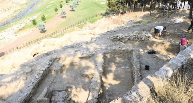 A photo from the ongoing excavations at Yumuktepe Mound.