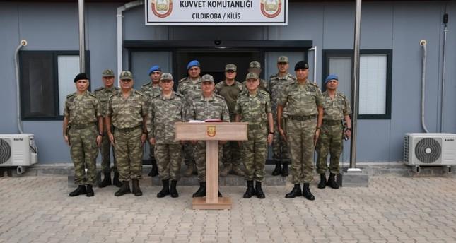 رئيس الأركان التركي يتفقد وحداته العسكرية في المدن المحاذية للحدود السورية