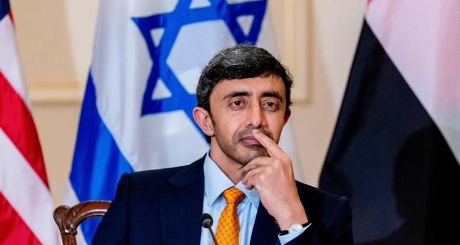 وزير الخارجية الإماراتي عبد الله بن زايد آل نهيان الفرنسية