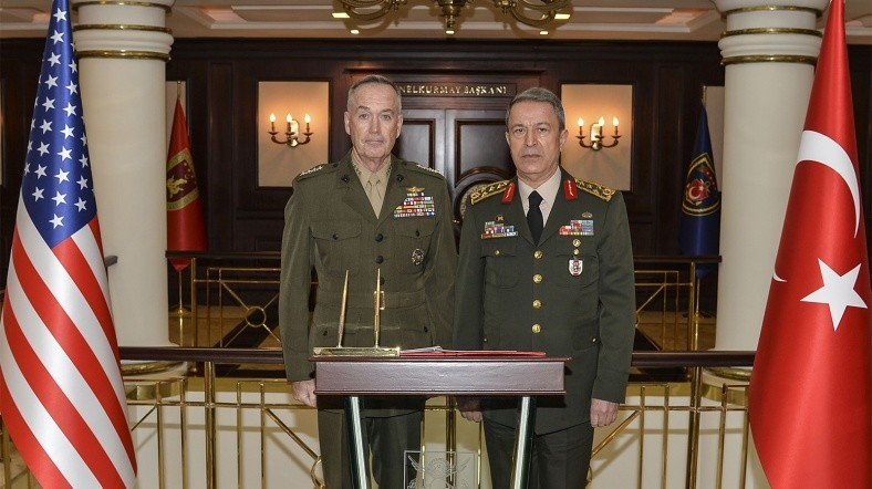 U.S. Chairman of Joint Staff Gen. Joseph Dunford and Commander of Turkish Armed Forces Gen. Hulusi Akar during Dunford's visit to Turkish capital Ankara. (AA Photo)