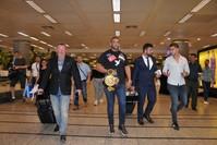 مانويل شار بطل العالم في الملاكمة يصل مطار أتاتورك لقضاء إجازة في تركيا