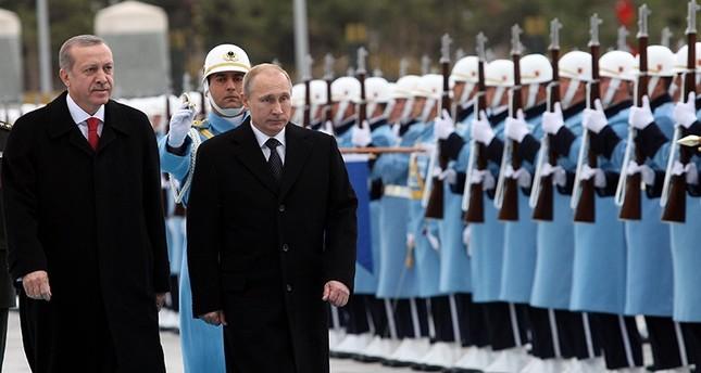 الرئاسة التركية: بوتين يهاتف أردوغان غداً لشكره على رسالته