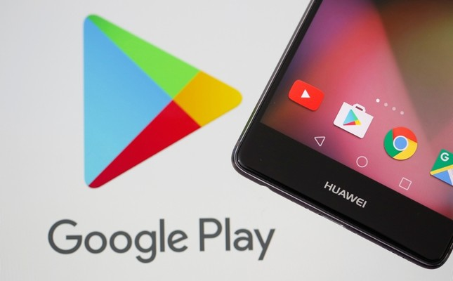 This May 20, 2019 illustration shows a Huawei smartphone in front of displayed Google Play logo. Reuters Photo