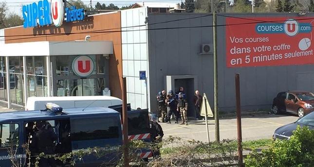 3 погибли при захвате заложников во Франции