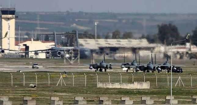 تركيا تنفي الأنباء المتداولة حول اقتراحها فتح قاعدة إنجيرليك أمام الطائرات الروسية