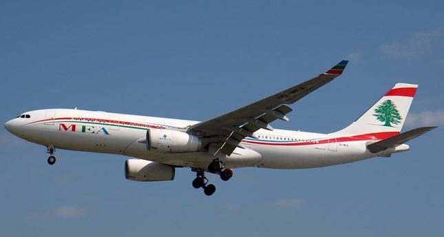 هل يحظى الإيرانيون بمعاملة خاصة في مطار بيروت؟