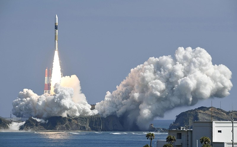 A H-IIA rocket, carrying a government's information gathering radar satellite, lifts off from the launching pad at Tanegashima Space Center, Japan, in this photo taken by Kyodo March 17, 2017. (Reuters Photo)