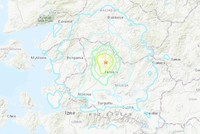 Strong quake with a magnitude of 5.4 shakes western Turkey