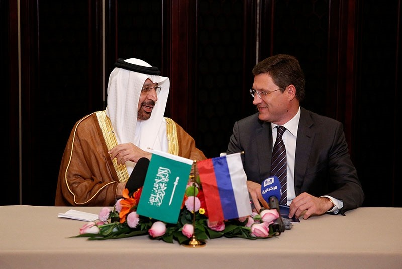 Saudi Arabia's Energy Minister Khalid al-Falih (L) and Russia's Energy Minister Alexander Novak attend a joint briefing in Beijing, China, May 15, 2017. (Reuters Photo)