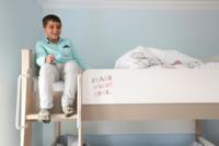 تستعد هيئة الإغاثة الخيرية التركية، الأسبوع القادم، لافتتاح قرية مخصصة لإيواء الأطفال الأيتام من المتضررين من الحرب في سوريا، وذلك في منطقة ريحانلي في محافظة هاطاي، جنوب تركيا.  ومن المخطط أن...