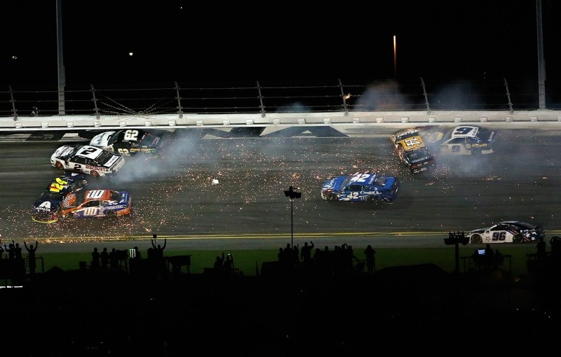 William Byron, driver of the #24 Axalta Chevrolet, crashes during the Monster Energy NASCAR Cup Series 61st Annual Daytona 500 at Daytona International Speedway on Feb. 17, 2019 (AFP Photo)
