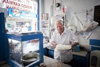 Veteran Beşiktaş shopkeeper 'Pando the cream maker' dies at 92