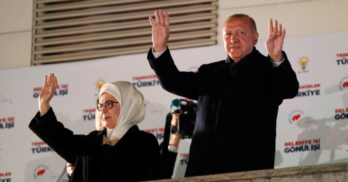 President Recep Tayyip Erdou011fan and his wife Emine greet supporters in Ankara, Turkey on April 1, 2019. (Reuters Photo)