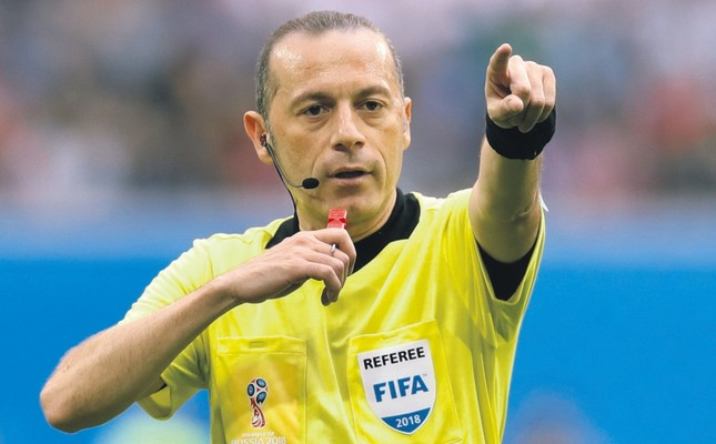 Turkish referee Çakır to officiate semifinal between Croatia and England