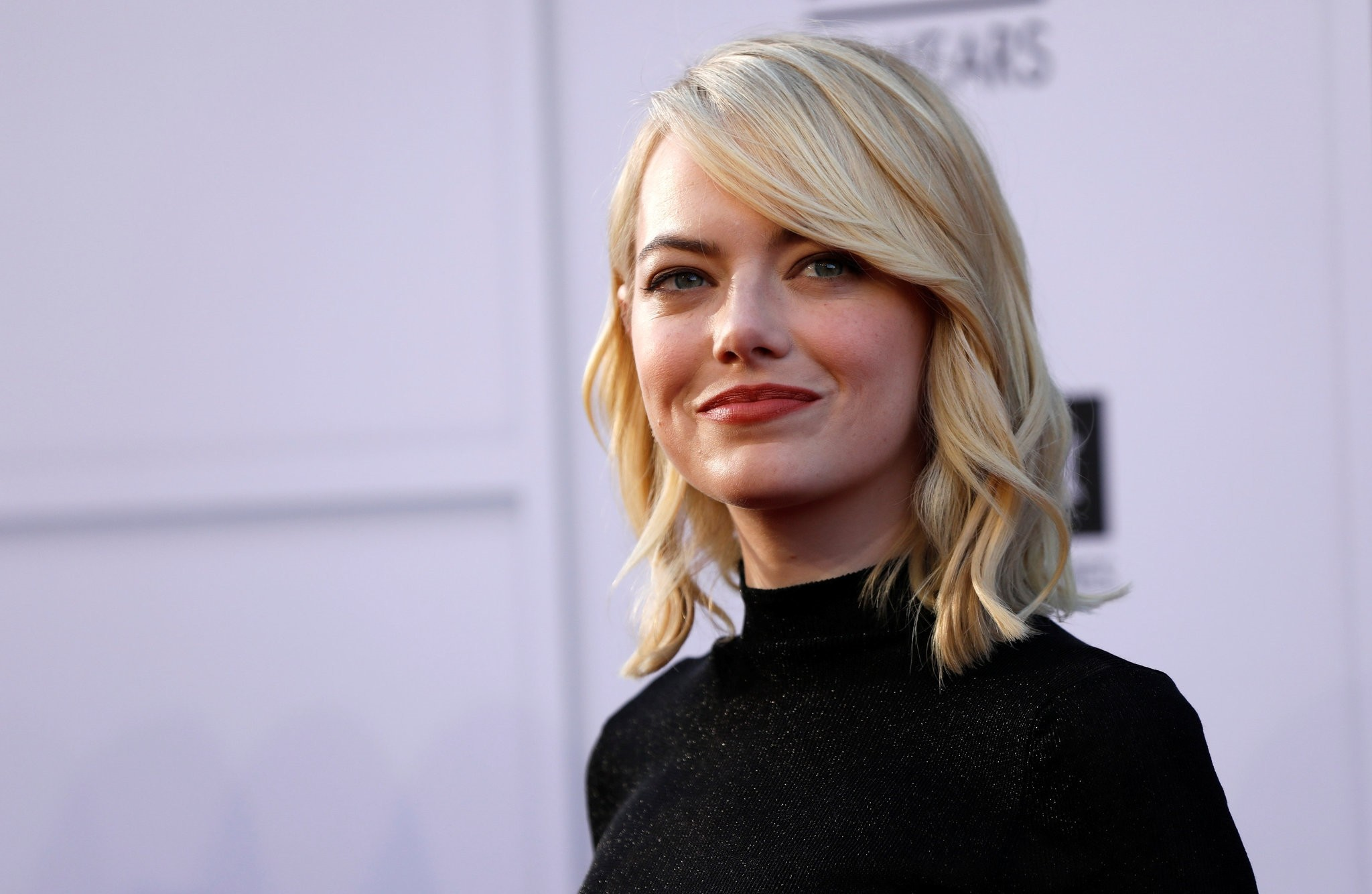 Actress Emma Stone arrives at the 2017 American Film Institute Life Achievement Award in Los Angeles, on August 6, 2017. (REUTERS Photo)