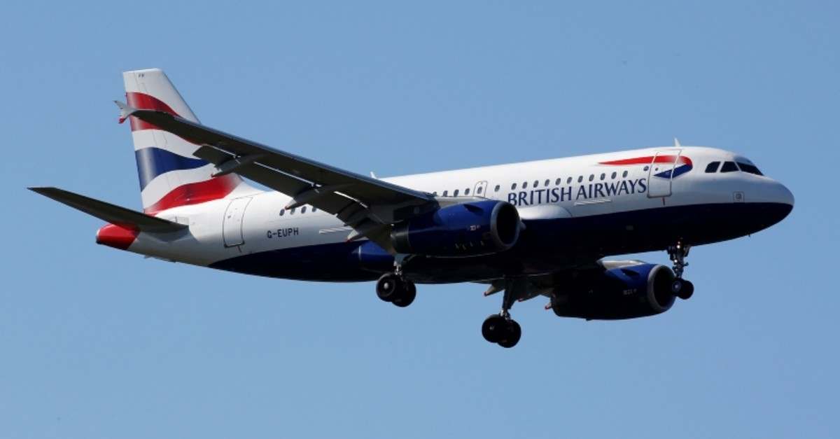 The G-EUPH British Airways Airbus A319-131 makes its final approach for landing at Toulouse-Blagnac airport, France, March 20, 2019. (REUTERS Photo)
