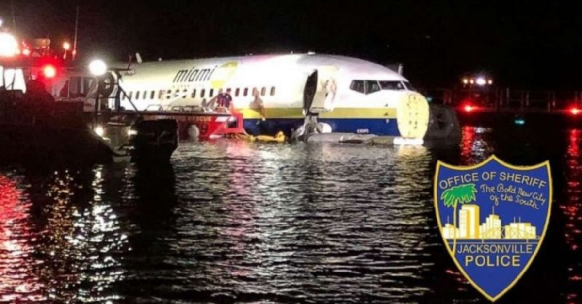 A Boeing 737 is seen in the St. Johns River in Jacksonville, Florida, U.S. May 3, 2019 in this picture obtained from social media. (REUTERS Photo)