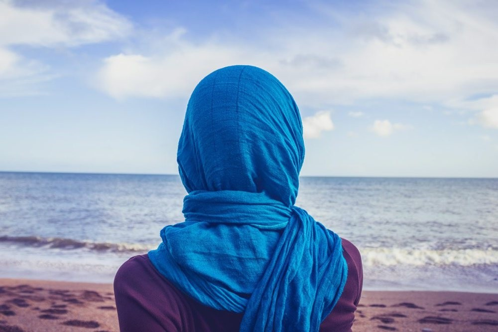 A women-only beach is a great idea for a hijabi woman; however, hotels that offer single-sex beaches are often much more expensive than their traditional counterparts.