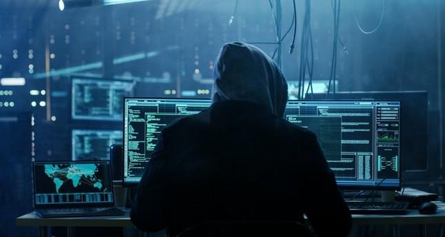 """الكشف عن برمجية ضارة جديدة تنتشر عبر """"ذا بايرت باي"""""""