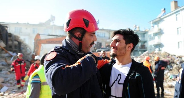 Syrian man who saved couple from earthquake debris to receive Turkish citizenship