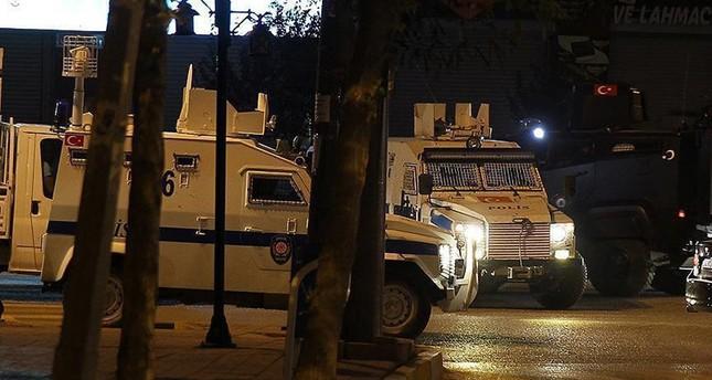 إحباط مخططات إرهابية وضبط 15 من عناصر بي كا كا في اسطنبول