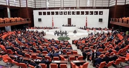 2 Pro-PKK HDP lawmakers stripped of MP status