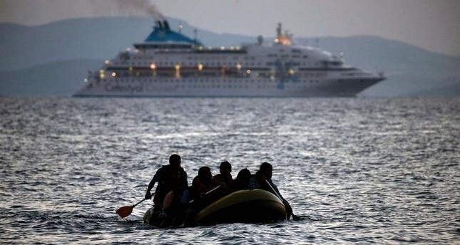 وزير خارجية النمسا يطالب باعتراض اللاجئين في البحر وإعادتهم من حيث أتوا