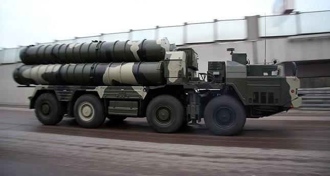مناورات إيرانية لاختبار منظومة S-300 الروسية
