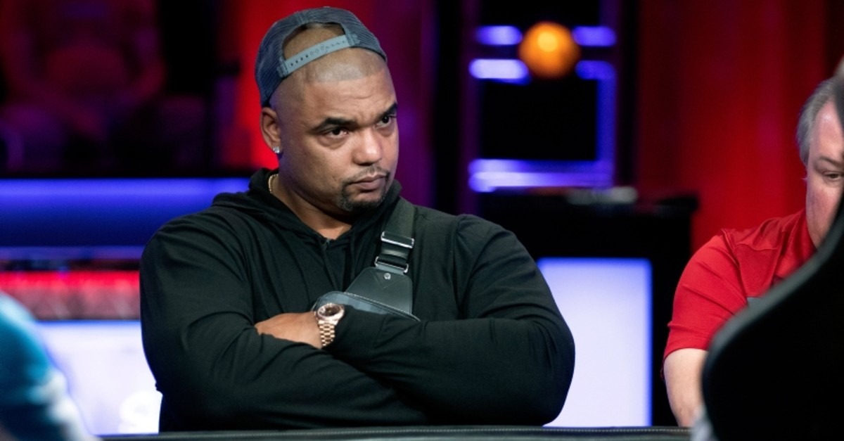 Richard Seymour, former Patriots defensive end, competes at a featured table during the World Series of Poker main event at the Rio hotel-casino in Las Vegas Wednesday, July 10, 2019. (AP Photo)