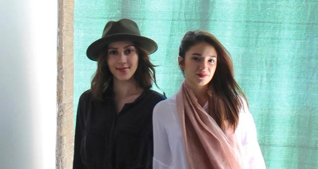 Mina Gürsel Tabanlıoğlu and Selin Nisa Açıkel, the founders of HARABEyİZ collective.