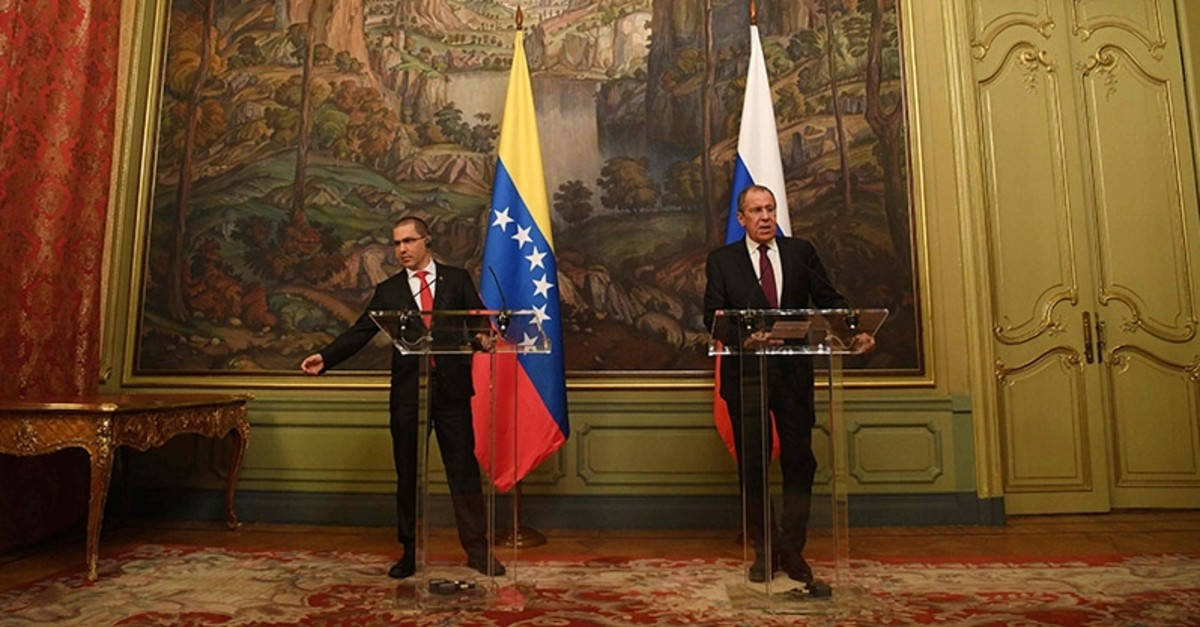 Russian Foreign Minister Sergei Lavrov (R) and Venezuela's Foreign Minister Jorge Arreaza give a press conference in Moscow. (AFP Photo)