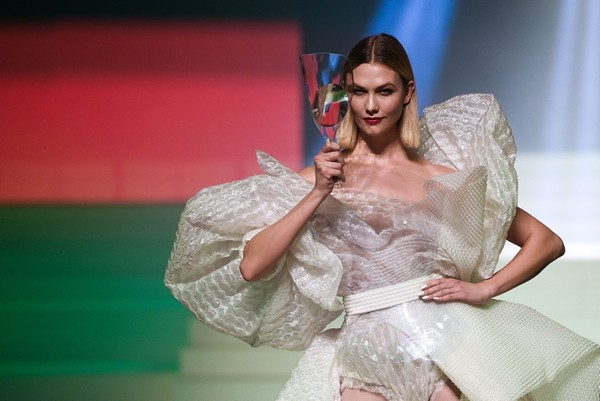 US model Karlie Kloss presents a creation by Jean Paul Gaultier during the Women's Spring-Summer 2020 Haute Couture collection fashion show in Paris, on January 22, 2020. (AFP Photo)