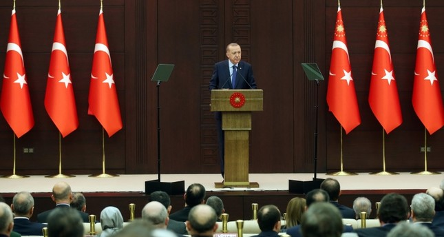 تركيا تعلن إجراءات جديدة لمواجهة تفشي كورونا
