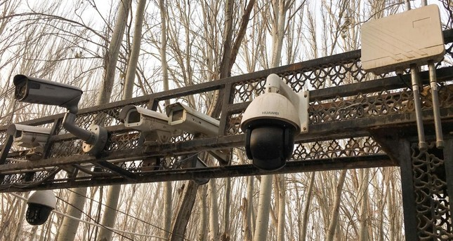 Security cameras are installed at the entrance to the Id Kah Mosque during a government organised trip in Kashgar, Xinjiang Uighur Autonomous Region, China, January 4, 2019. Picture taken January 4, 2019. (Reuters Photo)