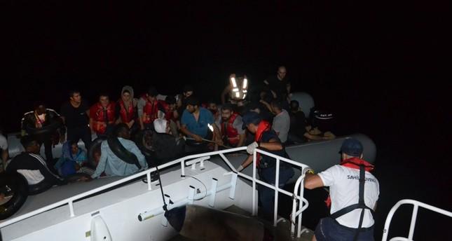 تركيا تضبط 203 مهاجرين غير نظاميين في سواحل غربي البلاد