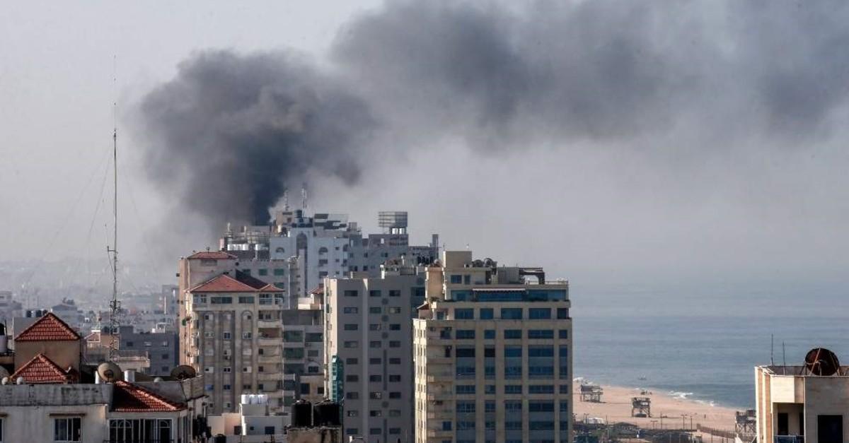 Smoke billows in Gaza City following an Israeli strike, Nov. 12, 2019. (AFP Photo)