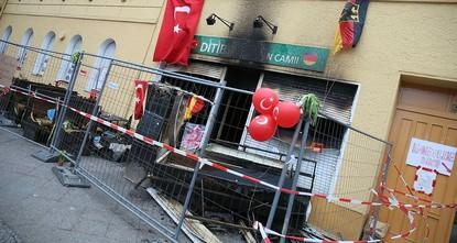 pDie deutschen Polizeibehörden haben einem Bericht zufolge in diesem Jahr bislang 37 mutmaßliche PKK-Angriffe auf Moscheen, Kulturvereine oder türkische Restaurants registriert./p  pDies...