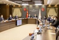 وزير الخزانة والمالية: حملة جديدة لجعل تركيا مركزا لجذب الاستثمارات