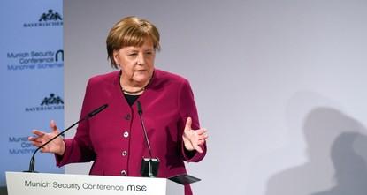 US considering EU cars a threat is frightening: Merkel