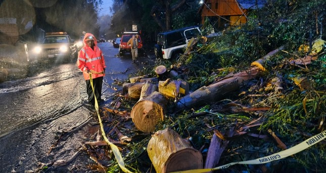 At least 5 dead as rainstorms, floods sweep California
