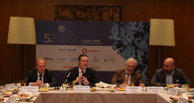 Koçtaş CEO and KMD Deputy Chairman Özpamukçu, KMD Chairman and Media Markt CEO Gökyıldırım, Vice Chairman of the Board of Directors of KMD and CEO of Tekzen Murat Gigin and Member of the Board of Directors of KMD and Simport CEO Serhan Tınastepe