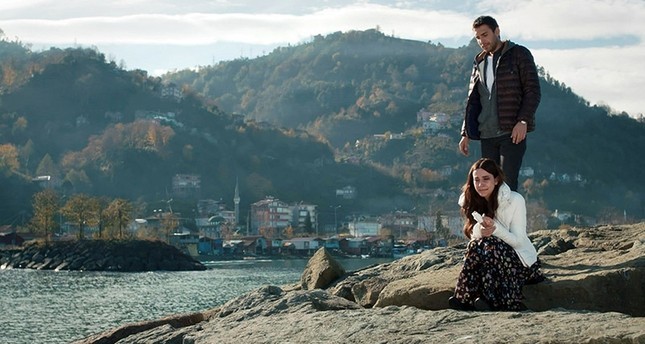 لقطة من مسلسل تحدث أيها البحر الأسود