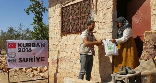 هيئة الإغاثة التركية تبدأ بتوزيع أكثرمن 3 آلاف على المحتاجين في الداخل السوري