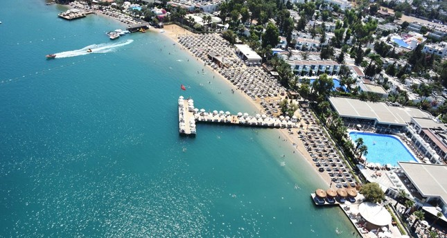 The resort provinces of Antalya and Muğla particularly enjoyed an influx of local and foreign tourists during the Qurban Bayram holiday.