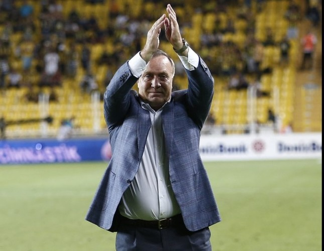Fenerbahçe and Advocaat passed first test, but this weekend will be harder